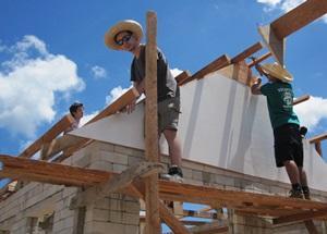 Los voluntarios de Construcción de Projects Abroad trabajan en Filipinas, Asia