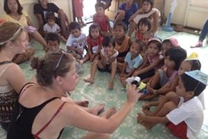 Volunteer Care in the Philippines with Projects Abroad