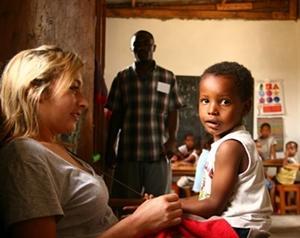 Voluntariado Internacional con niños en Tanzania