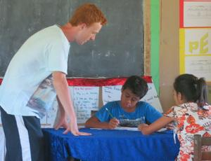 Volunteering in the Community in Samoa with Projects Abroad
