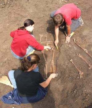 High School Volunteer Trips with Archaeology in Romania