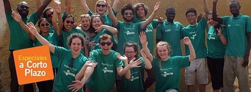 Grupo de voluntarios de Projects Abroad en los Especiales a Corto Plazo