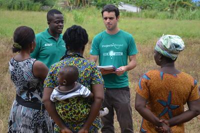 Voluntarios del proyecto de Microfinanzas en Ghana