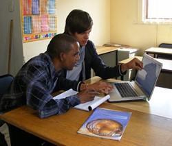 Abogados especializados en Derechos Humanos analizan la situación de uno de los proyectos en Tanzania