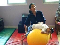 Fisioterapeuta voluntaria en el proyecto de fisioterapia para profesionales en Camboya
