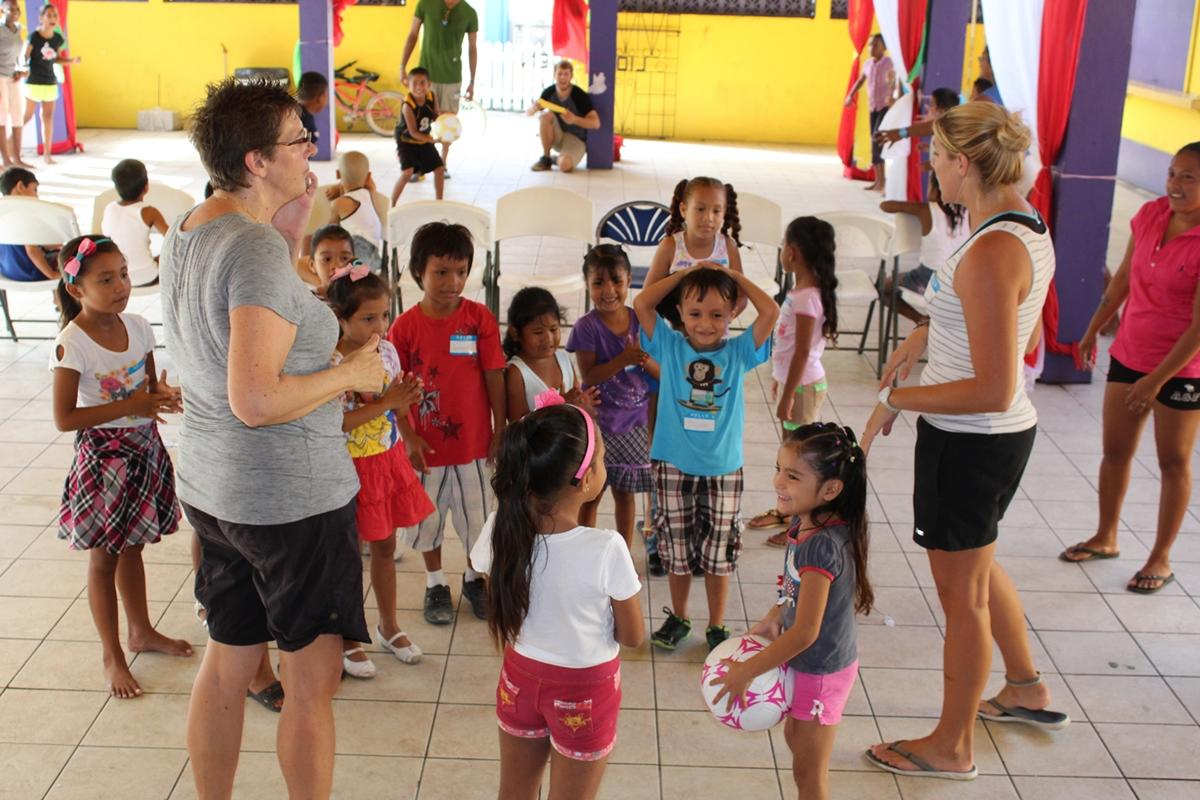 Voluntariado en Deportes Escolares en Belice   Projects Abroad