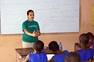 Voluntario en nuestro proyecto para profesores en Madagascar
