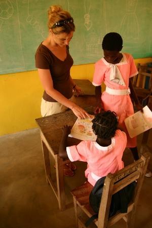 volunteer teaching at New life Dev Centre Ghana